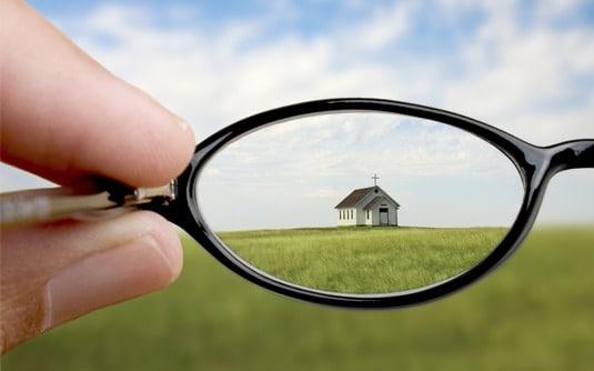 בית דרך משקפיים